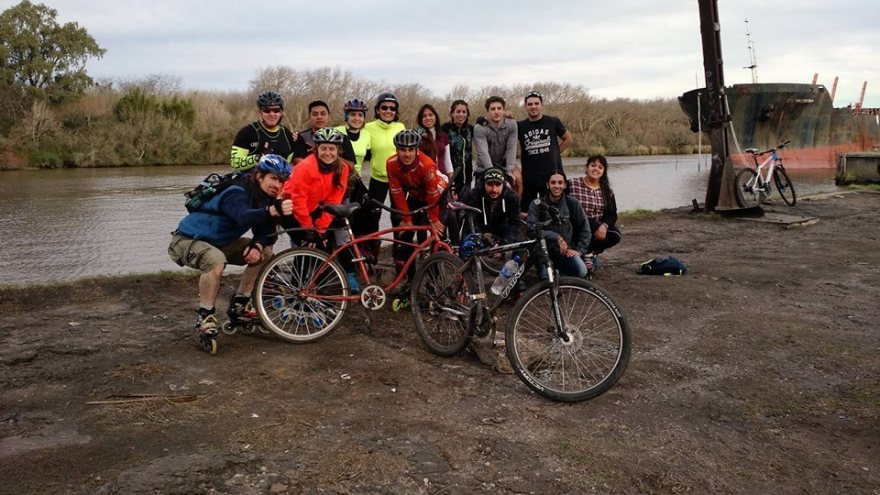 Con LPR salida a la isla Santiago 2017